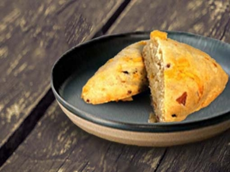 Bacon and Cheddar Scone